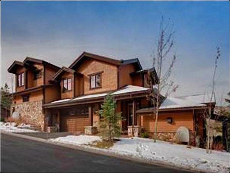 Luxury Home Just a Half Mile from Silver Lake Village - Great for Retreats or Reunions - Custom Bedding & Furnishings (25029) - Park City - rentals