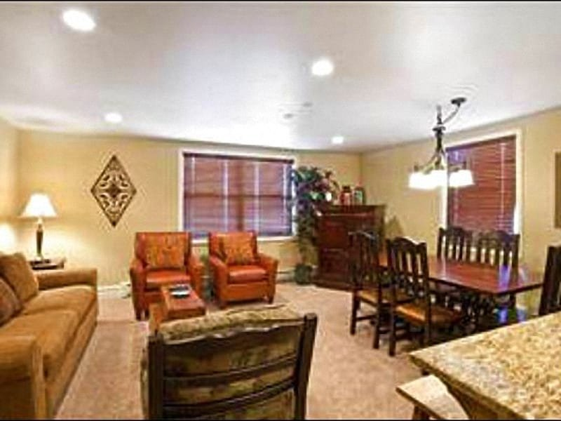 Open and Spacious Living Room - Cozy, Remodeled Condo - Centrally Located in the Base Village (25034) - Park City - rentals