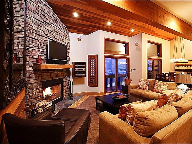Living Room Boasts a Wood-Burning Fireplace and 42-Inch Plasma TV - Newly Renovated & Decorated Condo - Luxurious, Top of the Line Amenities (25070) - Park City - rentals