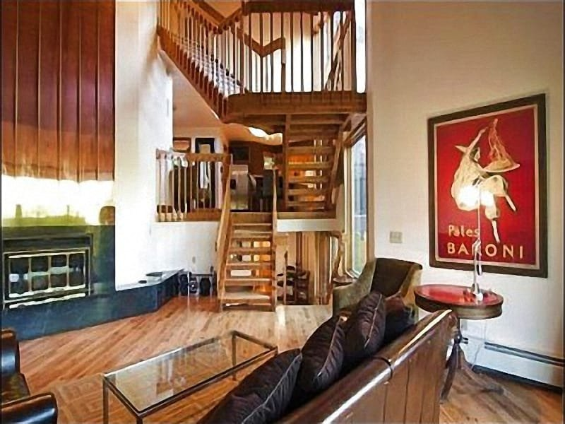 Upper Level Living Room with Large Fire Place - Beautiful Views of Deer Valley Ski Resort - Custom Luxury Furnishings (25152) - Park City - rentals