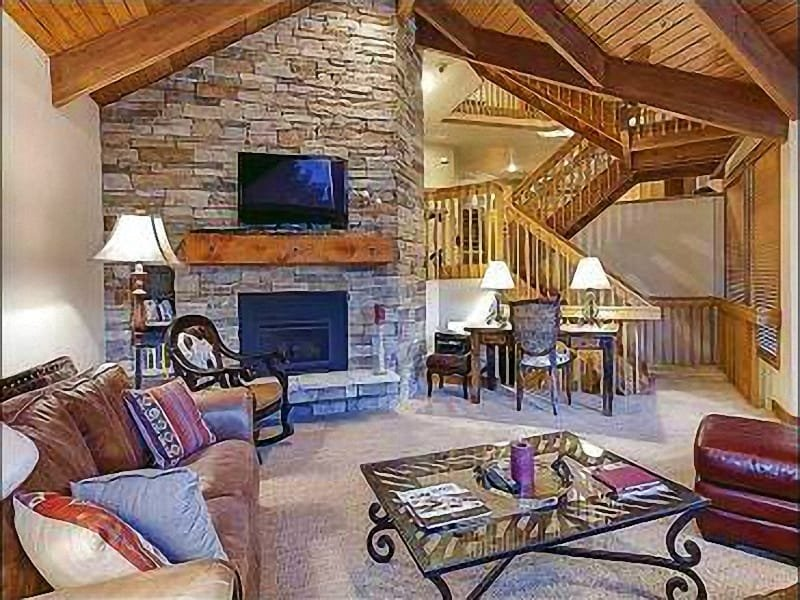 Formal Living Room with Floor to Ceiling Rock Fireplace and 55 Inch HDTV - Amazing Mountain Views - Beautifully Decorated with Designer Touches (25153) - Park City - rentals