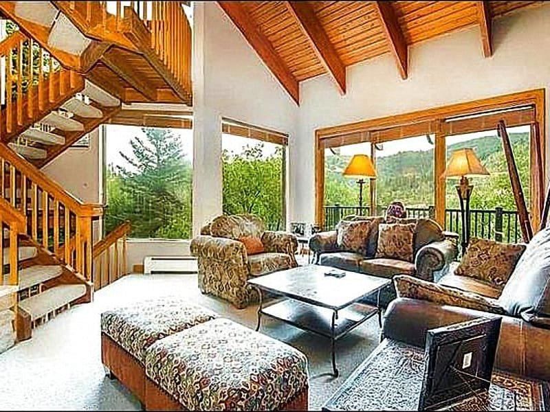 Living Room has Vaulted Ceilings and Stunning Landscape Views - Beautiful Mountain Views - Just a Few Blocks from the Historic District (25216) - Park City - rentals