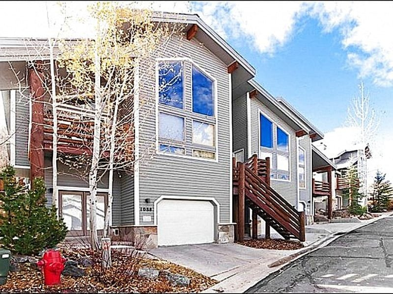 Lovely Townhome Exterior - Lovely Mountain Views - Close to Main Street (25217) - Park City - rentals