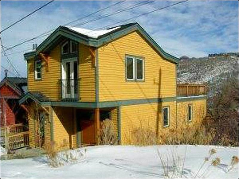 Great Location in the Historic District - Recently Updated Vacation Home - Quiet Neighborhood Location (25243) - Park City - rentals