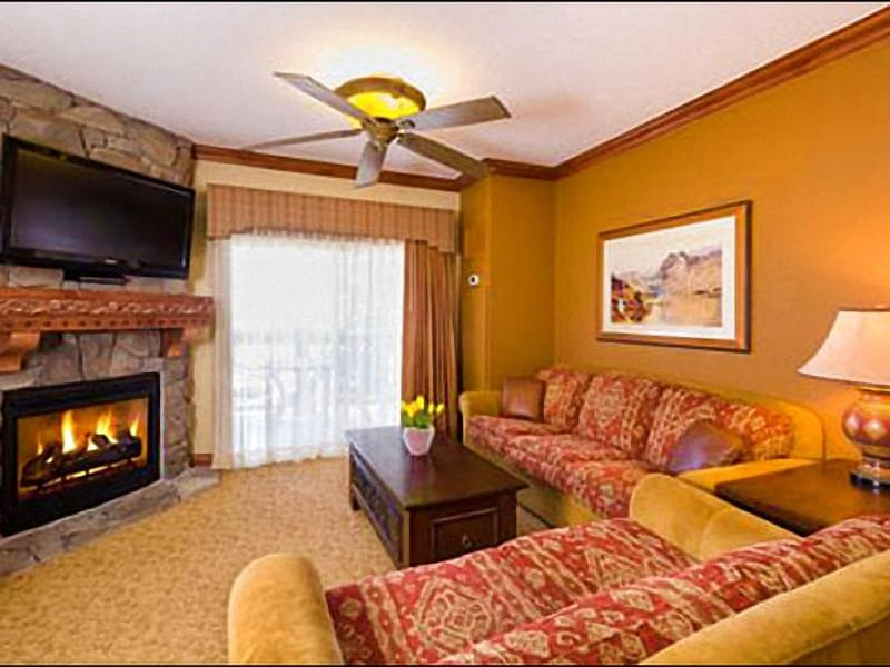 Living Room Features a Gas Fireplace and Flat-Screen TV (Representative Unit) - Charming Condo with Upscale Finishes - Two On-Site Restaurants (25251) - Park City - rentals