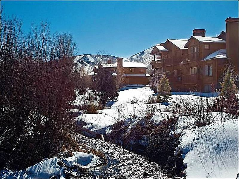 Great Location Just Outside of Downtown - Spacious Condo with Upscale Finishes - Beautifully Decorated (25288) - Park City - rentals