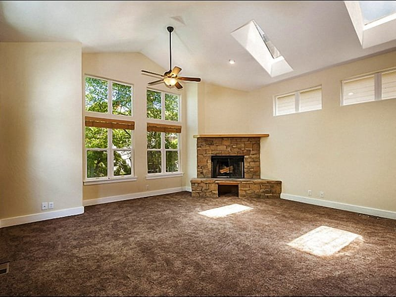 Vaulted Ceilings and a Fireplace in the Living Room - Charming Remodeled Home - All New Finishes & Furnishings (25268) - Park City - rentals
