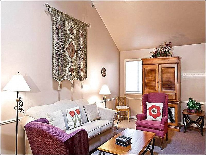 Stylish Furnishings and a Wood-Burning Fireplace in the Living Room - In the Prospector Square Business District - Spacious, Yet Cozy (25273) - Park City - rentals
