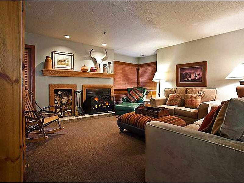 Living Room Features a Wood-Burning Fireplace - Great Choice for Couples - Six Blocks from Main Street (25287) - Park City - rentals