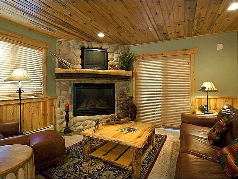 Living Room Includes a Gas Fireplace and Leather Furnishings - Rustic Lodge-Style Condo - Stone & Timber Finishes (25289) - Park City - rentals
