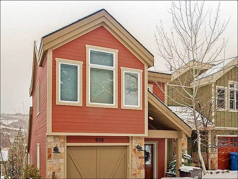Four Blocks from the Town Lift - Custom-Designed Vacation Home - Top Quality Finishes Throughout (25291) - Park City - rentals