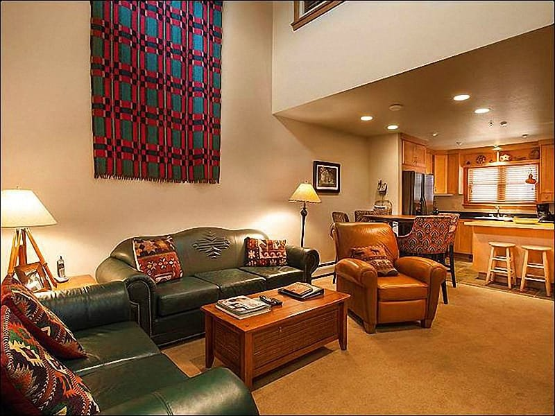 Living Room Includes a Gas Fireplace - Well-Appointed Condo - Spacious Layout (25293) - Park City - rentals
