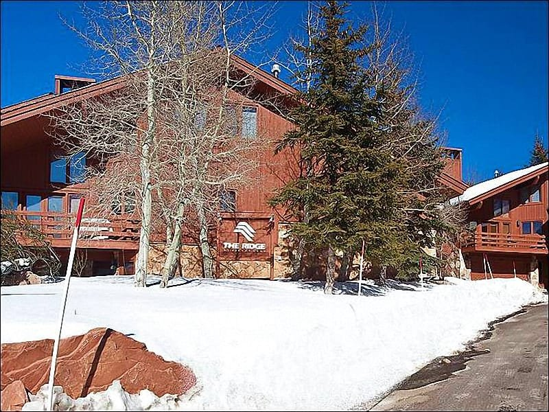 Exterior View - Just a Short Walk to Dining and Shopping - Beautiful Mountain View (25387) - Park City - rentals