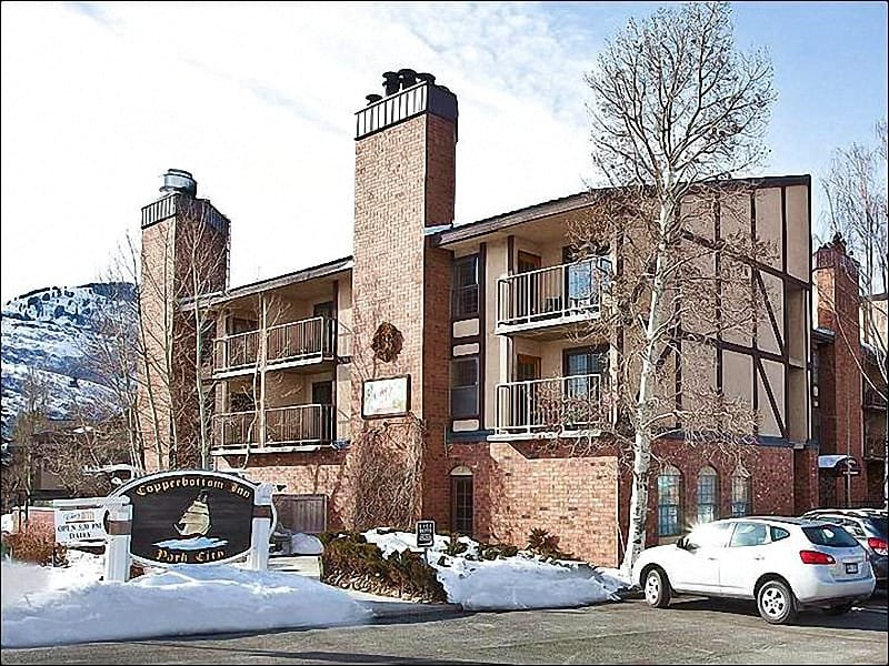 Exterior View - Shared Indoor Hot Tub - Just a Short Walk to Dining and Shopping (25437) - Park City - rentals