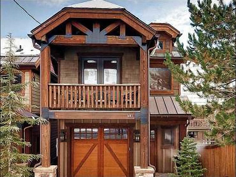 Exterior View - Just a Short Walk to Dining and Shopping - Private Hot Tub (25454) - Park City - rentals
