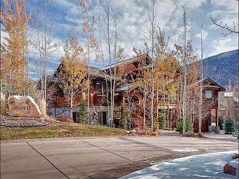 Exterior View - Just a Short Walk to Dining and Shopping - Private Pool Table and Hot Tub (25456) - Park City - rentals