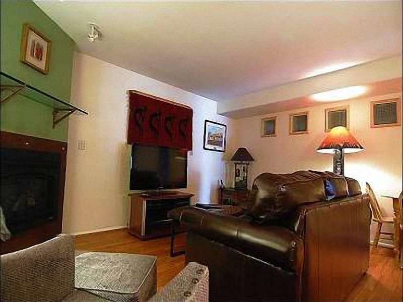 Living Area - Scenic View - Walk to Local Shops/Restaurants (25574) - Park City - rentals