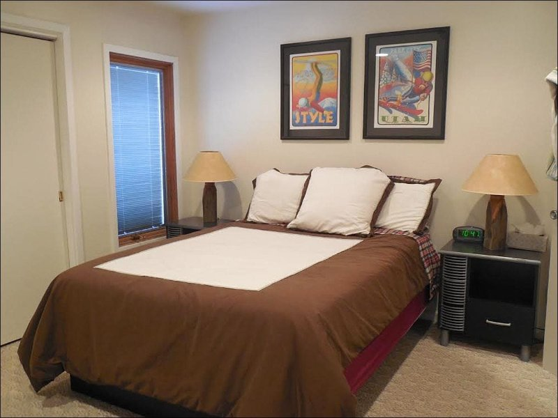 Master Bedroom has a Comfy Queen Bed - Close to Everything - Newly Updated Kitchen (2636) - Park City - rentals