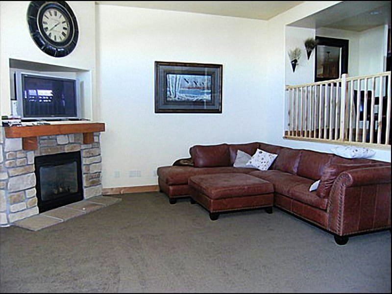 Living Room - Fireplace,Quality Furnishings - Stylish Townhome - Views of Olympic Park (2625) - Park City - rentals