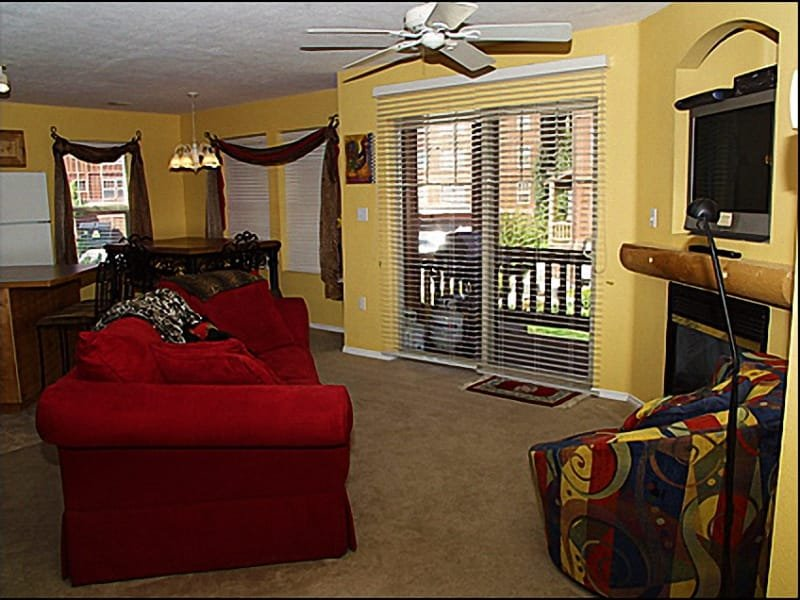Living Room - Fireplace, Comfortable Furnishings - Mountain Living Made Easy - Convenient & Quiet Location (2705) - Park City - rentals