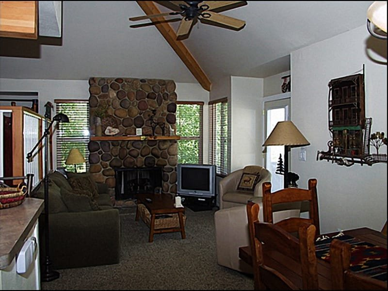 Living Room - Beautiful Rock Fireplace - Mountain Retreat  - Near World Class Spas and Great Shopping (2803) - Park City - rentals