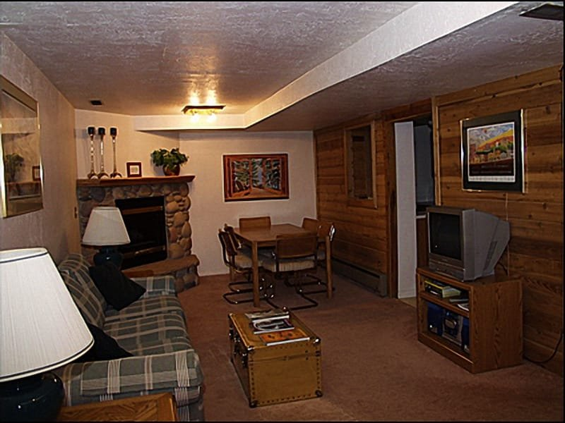 Living Room - Fireplace - Close to Everything Park City has to Offer - Great Value (3806) - Park City - rentals