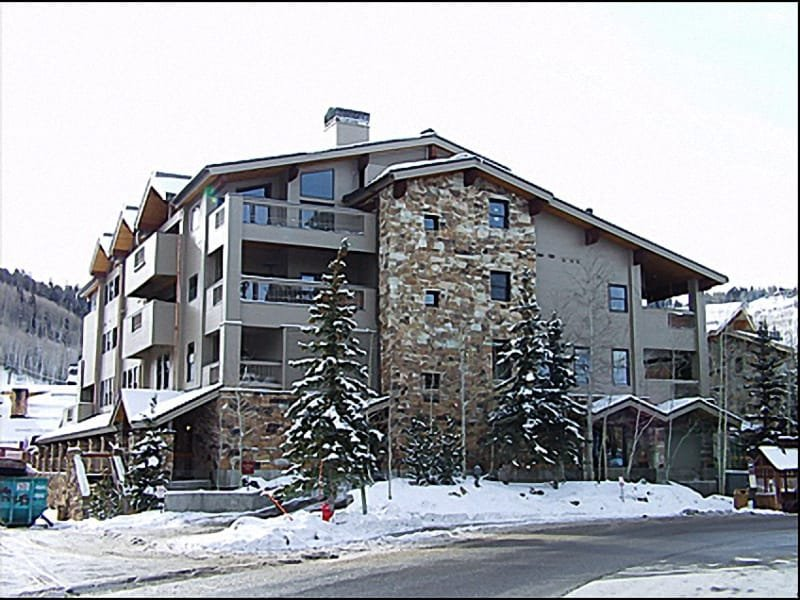 Exterior photo of Complex in then Heart of Silver Lake Village - Fantastic Home  - Unbeatable Mountain Condominium (7927) - Park City - rentals