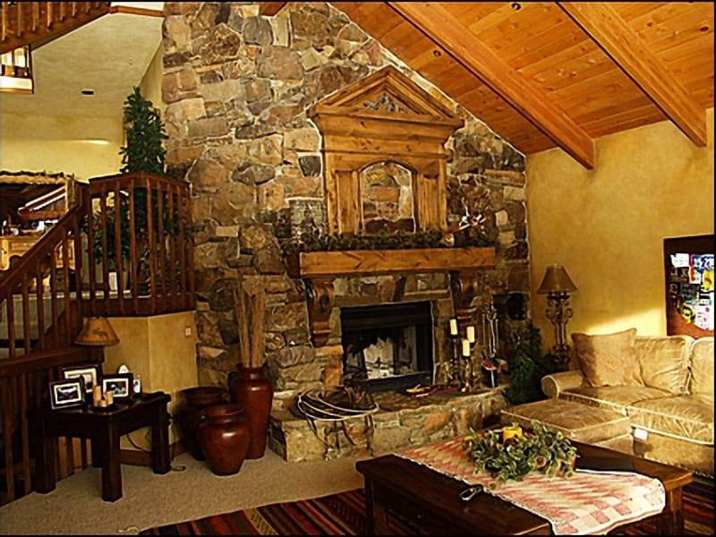 Living Room - Beautiful Custom Fireplace - Close to Slopes and Main Street - Incredible Mountain Views   (7518) - Park City - rentals