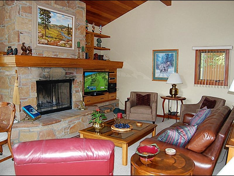Living Room - Rock Fireplace, Sunny, Comfortable Furnishings - Spacious Residence - Ski Slope Views (8586) - Park City - rentals
