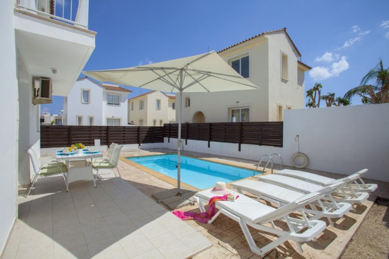 PD35 Clematis - Image 1 - Famagusta - rentals