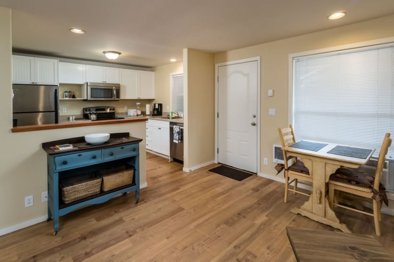 Newly Remodeled West Side Retreat! - Image 1 - Bend - rentals