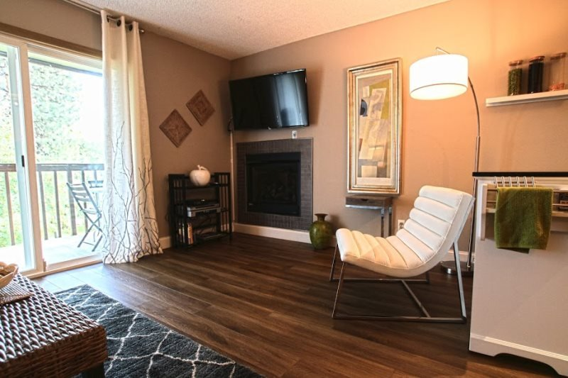 Beautifully Remodeled West Side Condo #190 - Image 1 - Bend - rentals