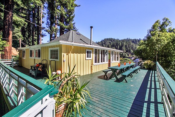 Park Place, Riverfront Family Cabin in Monte Rio - Park Place - Monte Rio - rentals