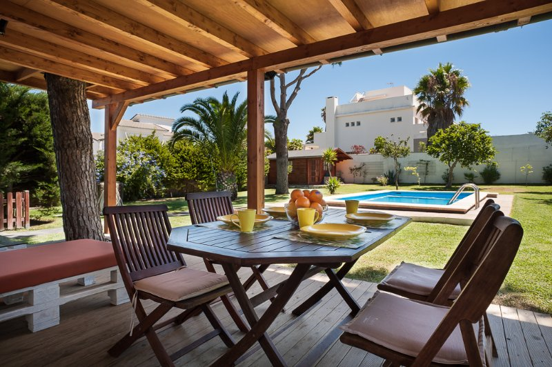 Casa Tatooine - Chiclana, your holiday paradise. - Image 1 - Chiclana de la Frontera - rentals