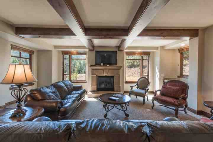 Enjoy the spectacular panoramic mountain views from the living area which is equipped with comfortable leather furnishes, HDTV and fireplace. - Hyatt Centric Luxury 4 Bedroom at the Canyons - Park City - rentals