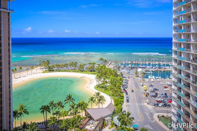 Ilikai 1820 Ocean / Lagoon / Fireworks Views 2 Double Beds, Sofa Bed - Image 1 - Honolulu - rentals