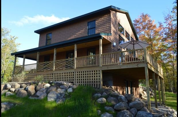 This Home Is Pure Luxury With Great Views - Marble Mountain Chalet - Wilmington - rentals