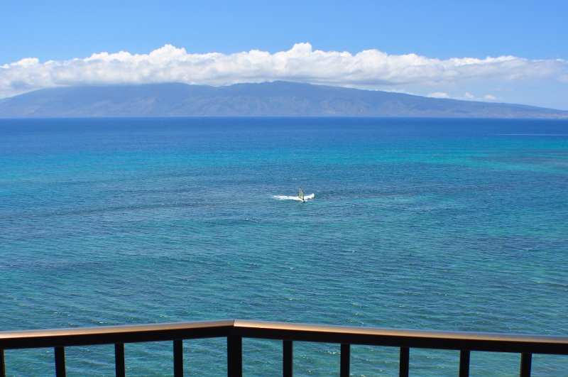 Lanai View - Valley Isle Resort #1010 - Oceanfront Corner Unit - Lahaina - rentals