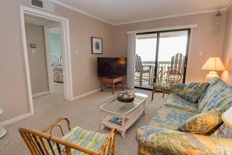 Point Emerald Villa A-305 - Image 1 - Emerald Isle - rentals