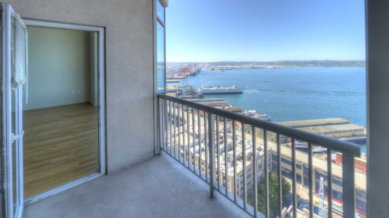 Beautiful 2 Bedroom Apartment - Image 1 - Los Angeles - rentals