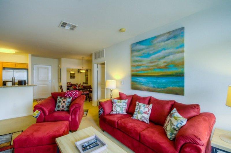 LUXURIOUS AND SPACIOUS 2 BEDROOM, 2 BATHROOM APARTMENT - Image 1 - Santa Monica - rentals