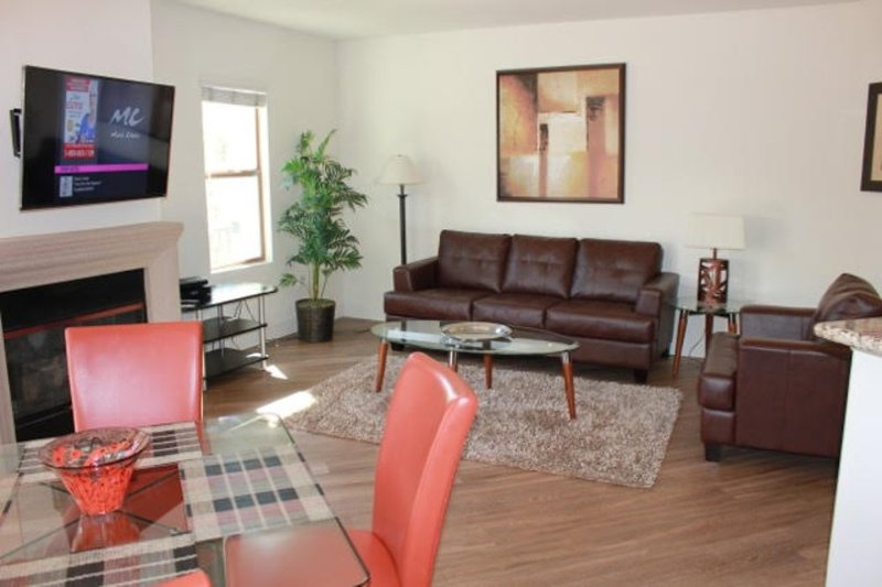 Beautifully Furnished 2 Bedroom Apartment - Image 1 - Los Angeles - rentals