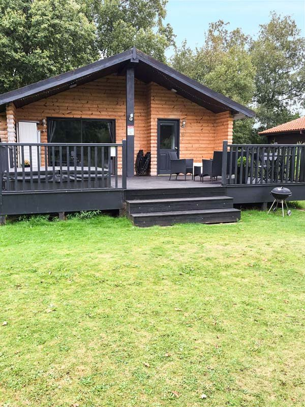 SUNSET LODGE, on-site facilities, private hot tub, WiFi, Tattershall, Ref 918876 - Image 1 - Tattershall - rentals