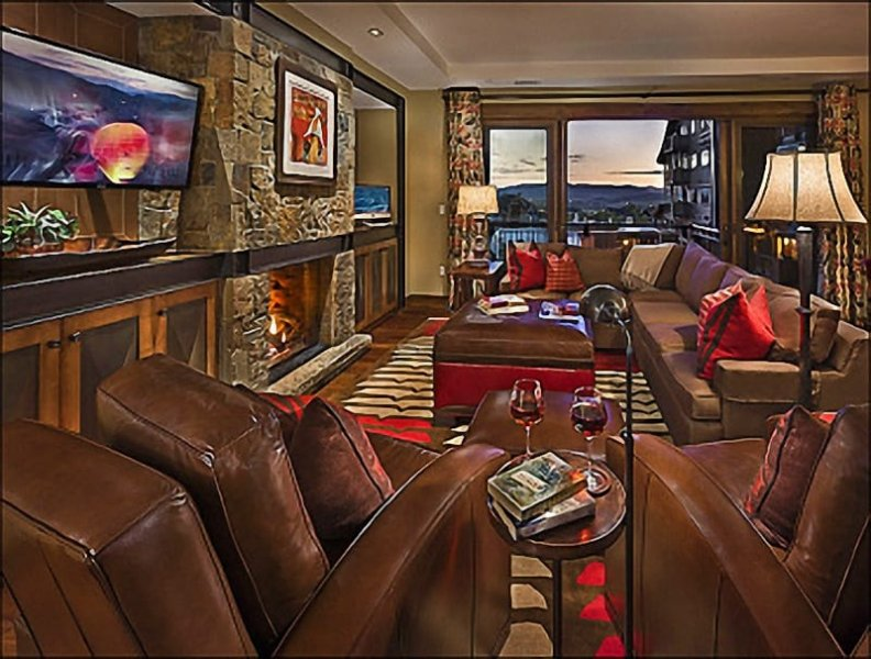 Living Room - Private Shuttle Service in Ski Season - Amazing Valley Views (11921) - Steamboat Springs - rentals