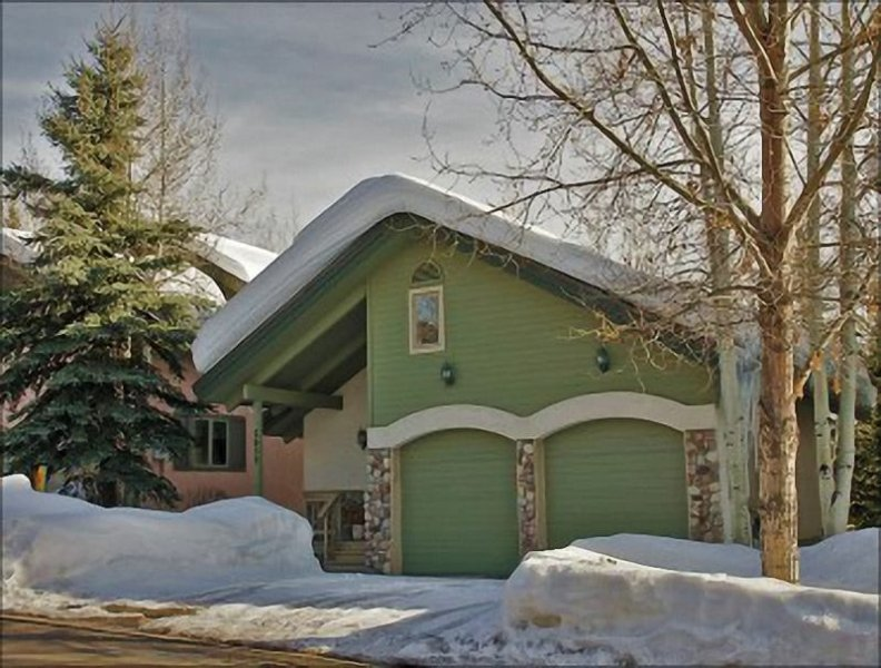 Exterior View of the Home - Open Concept Floor Plan, Vaulted Ceilings - Private Home in Walking Distance of the Gondola (3207) - Steamboat Springs - rentals
