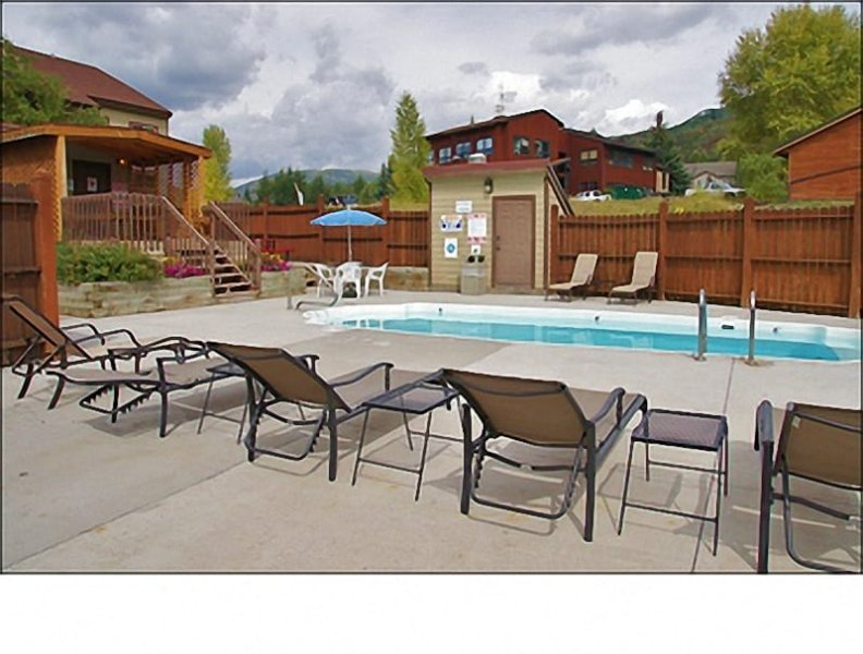 Heated Pool & Hot Tub area with Gas Grill, Picnic Table, Sunbathing - Available for Monthly, Seasonal, or Annual Rental - Rates are Based Upon 30 Night Minimum Stay (4416) - Steamboat Springs - rentals