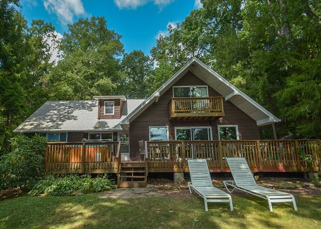 Exterior - Lovely Lakefront home with Hot Tub & Private Dock! - Swanton - rentals