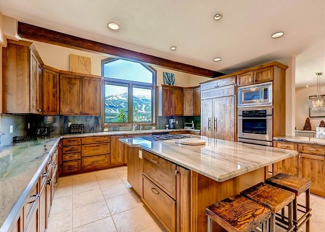 Alta Vista - Incomparable views of the Breck Ski Mountains located 3 minutes from Main St - Breckenridge - rentals