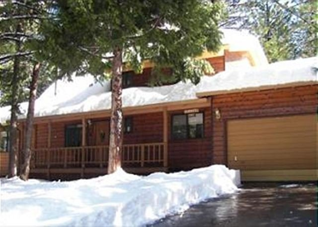 Namaste Cabin - Spacious mountain home with amenities located in a quiet area of  Arnold CA - Arnold - rentals