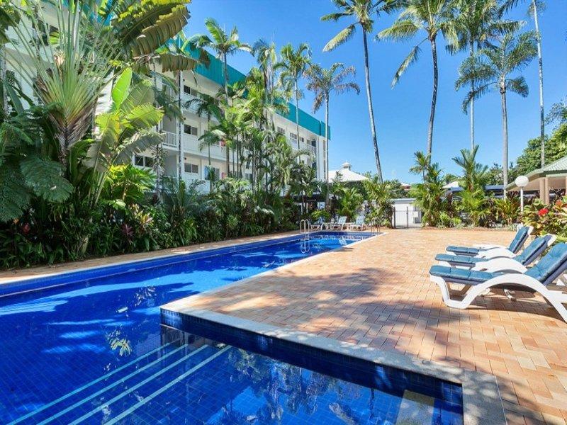 Beachfront Apartment Agincourt - Image 1 - Clifton Beach - rentals